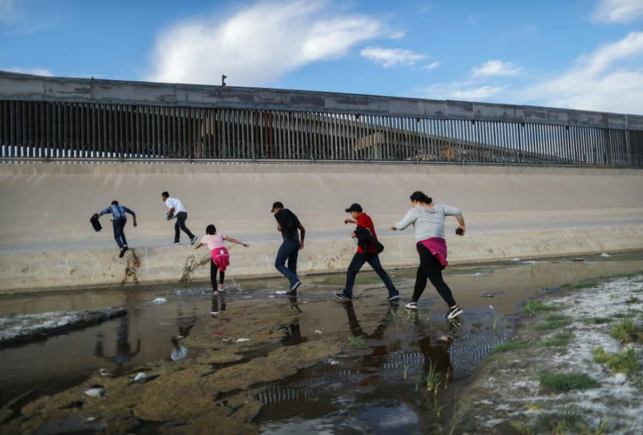 Hey Dems, While You're Trying to 'Impeach Before Christmas' Migrants are Paying Mexican Cartels to Enter Our Country 1